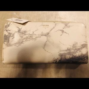 NWT Fossil Marble Wallet